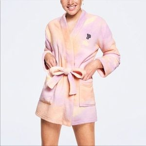 Pink by VS teddy robe size XS/S